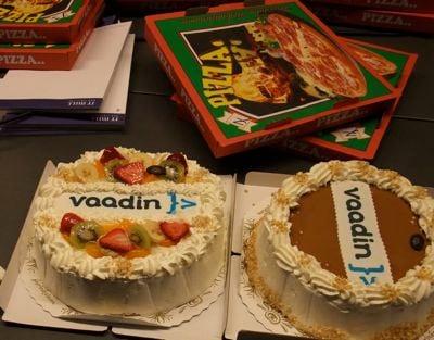 Pizza & Vaadin cake