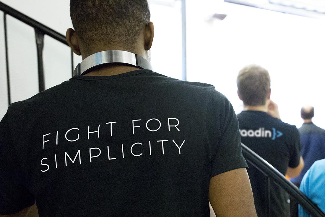 Vaadin slogan and logo printed on the back of shirts.